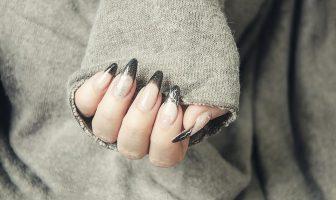Dlouhé gelové nehty