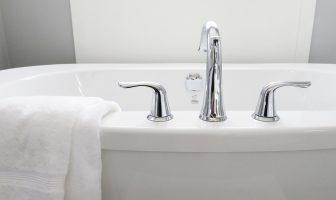 Jak opravit smalt na vaně